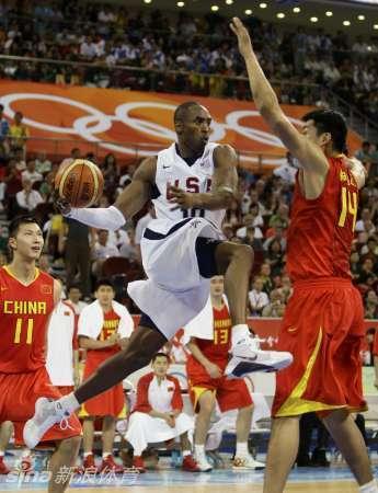 科比即将正式结束自己的职业生涯,回顾中国男篮在08奥运上与科图片