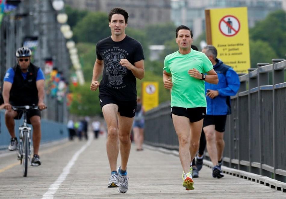 加拿大总理与墨西哥总统跑步 动感十足抢眼