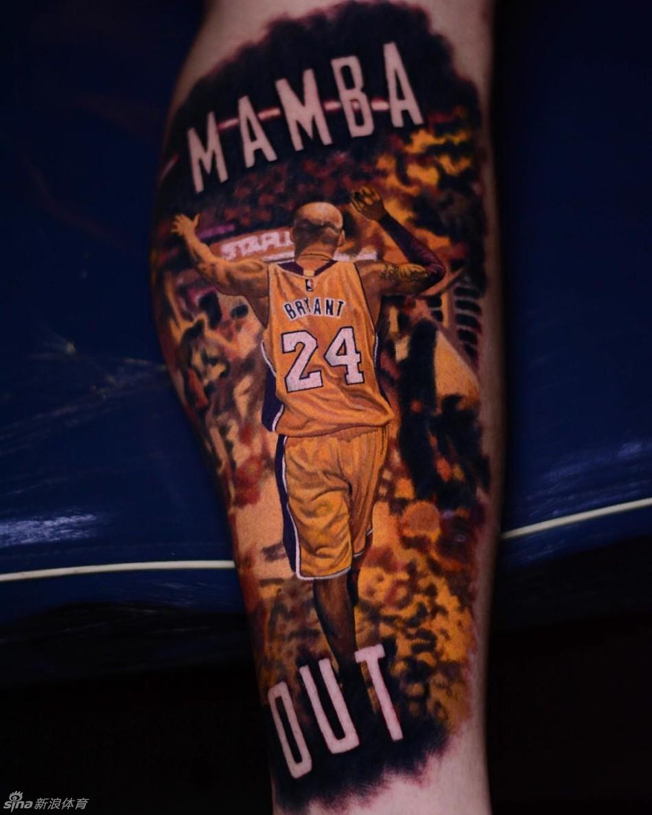 科比皇冠纹身图片 科比纹身左臂荆棘图案 科比手臂皇冠蝴蝶纹身图案图片