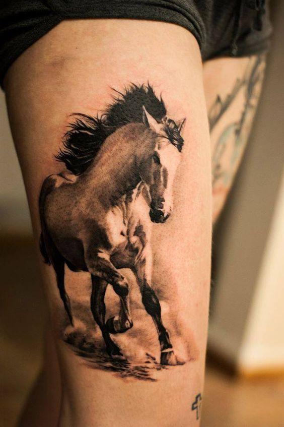 俊美的图案和马本身的诸多寓意吸引了众多的纹身爱好者.-栩栩如生图片