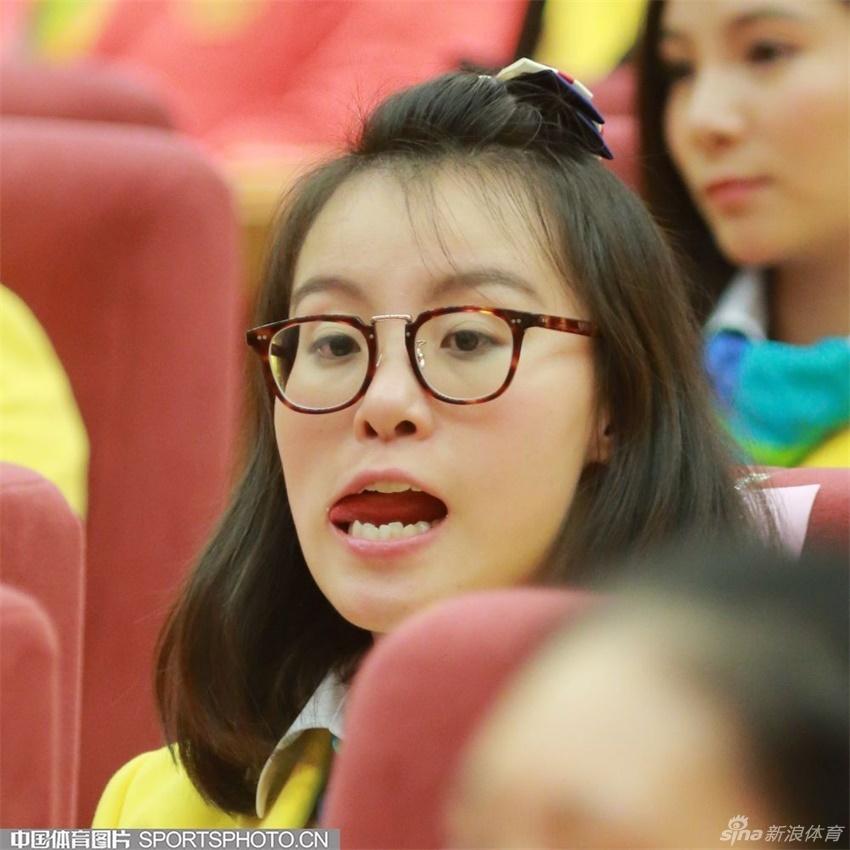 奥运表彰大会傅园慧再度贡献表情包