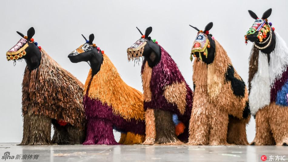 艺术!独具特色的马型木偶图片