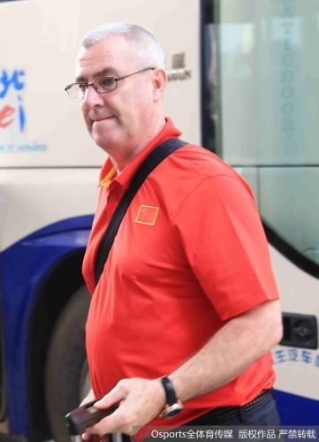 中国女篮主教练汤姆·马赫