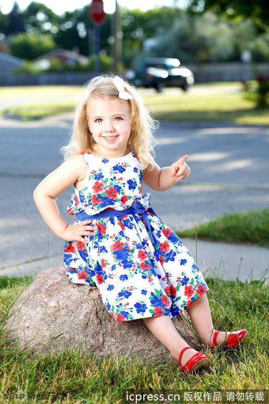 人小鬼大闯时尚 美国3岁选美小皇后横空出世