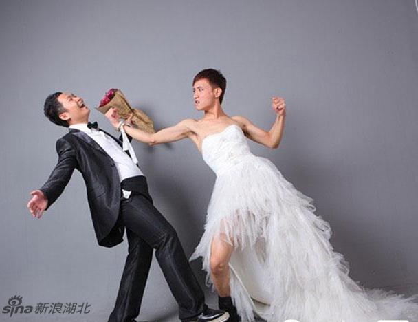 两个男人的唯美婚纱照爆红网络