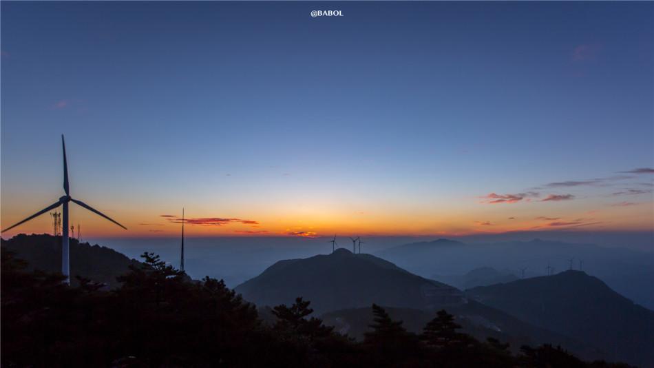 猜你喜欢 12 / 19 湖北九宫山风景区以避暑名山而著称,7月份平均气温