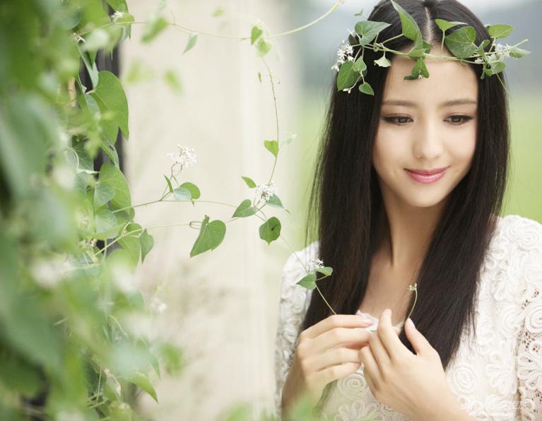 新疆美女佟丽娅演绎西域风情_高清图集_新浪网