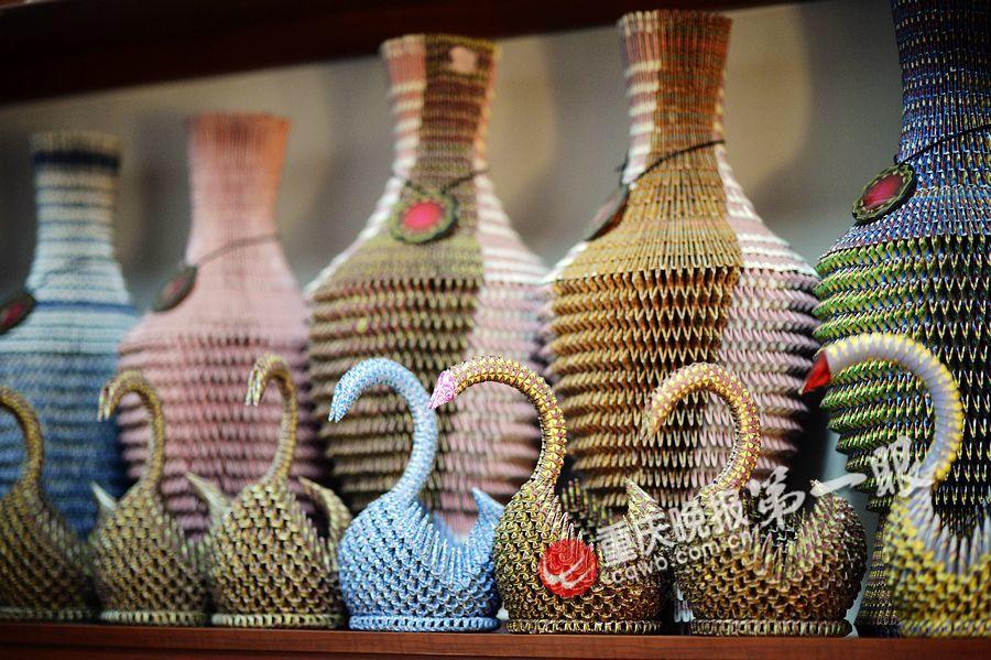 扑克折花瓶图片_扑克折花瓶图片下载