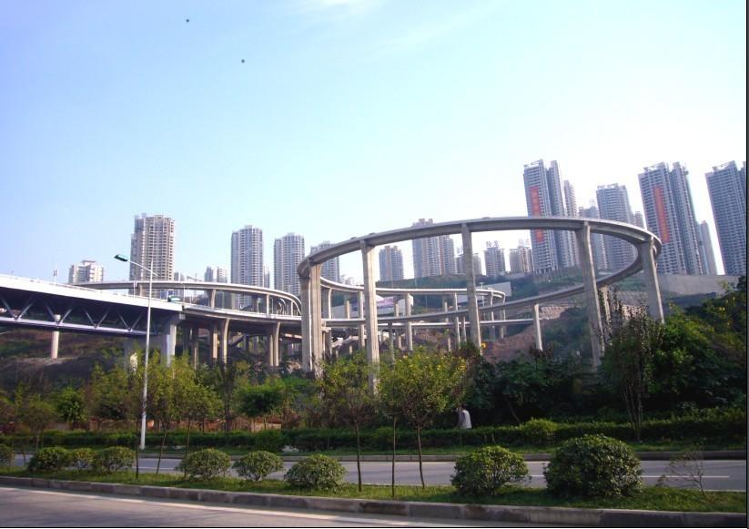 """我要去看看——气哭导航逼疯游客 重庆立交桥绕成迷宫尽显""""3D魔幻"""""""