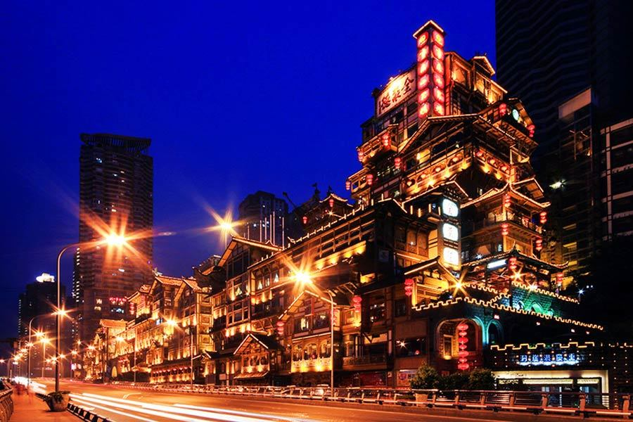 在全国来说要讲城市夜景的话,应该首选山城重庆.重庆夜景美,图片