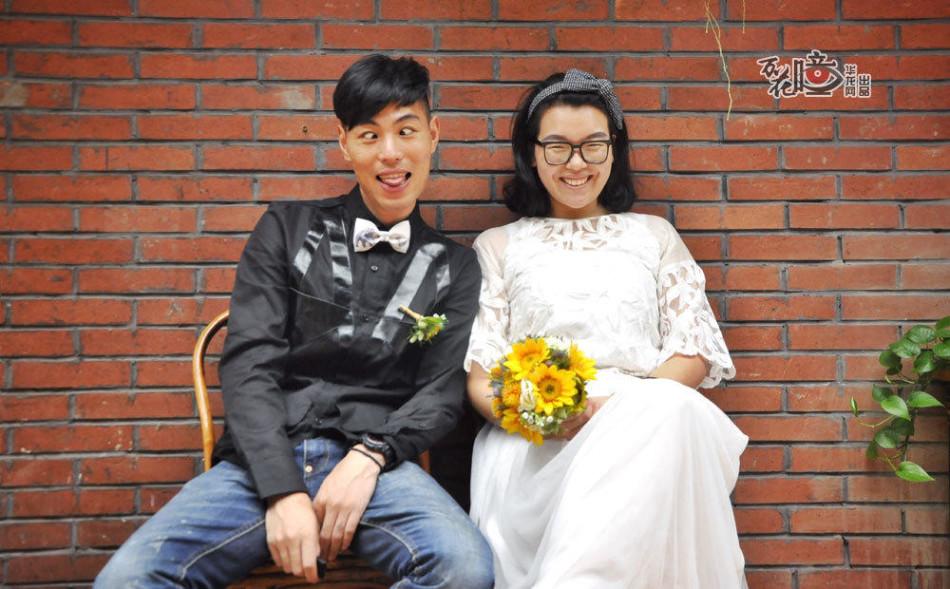 重庆夫妻 要拍56个民族婚纱照