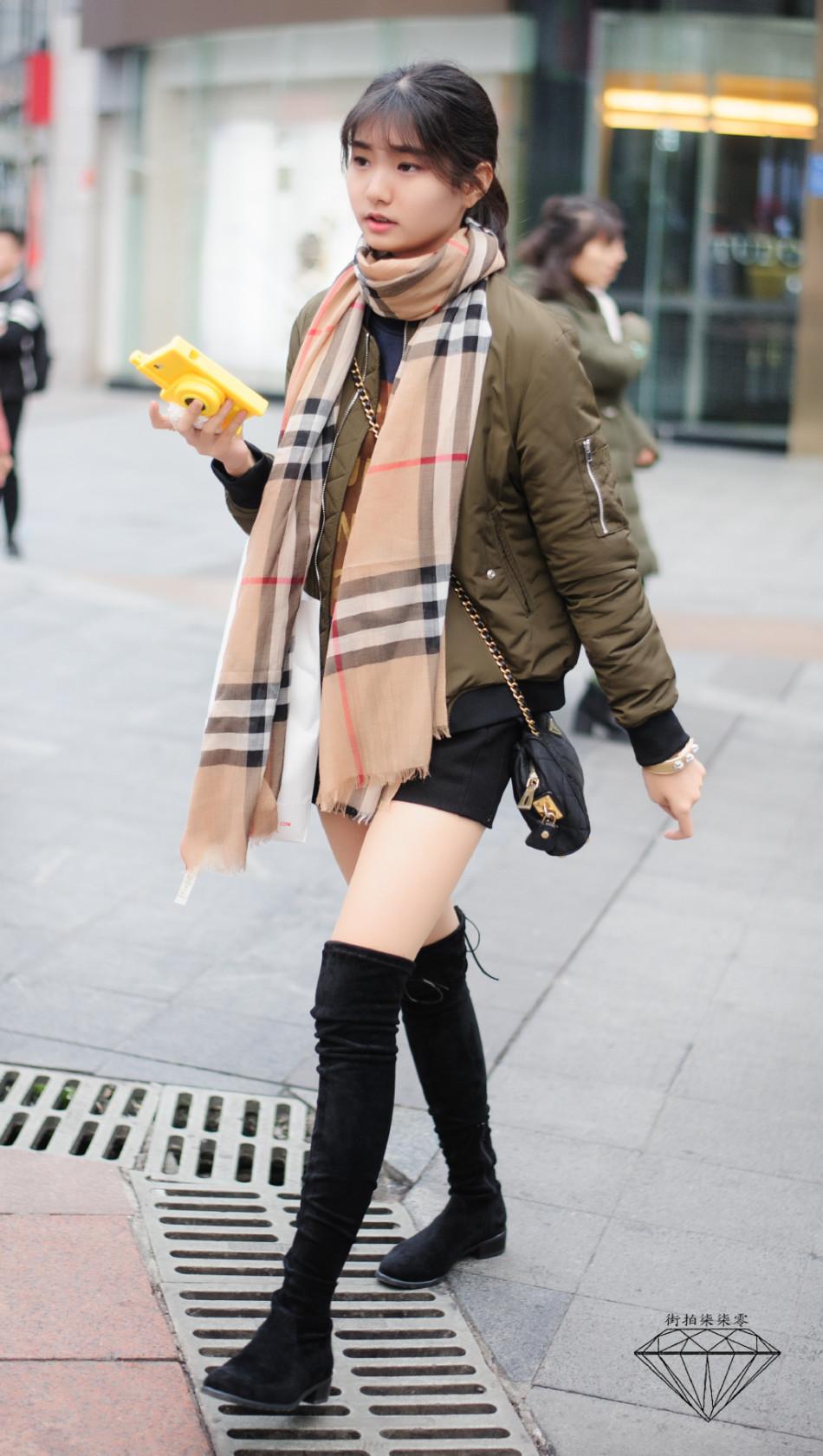 没有冬天 美女街拍露大腿图片