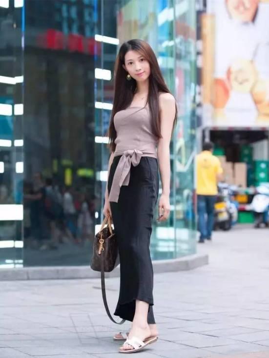2017最新重庆初夏美女街拍 有美女酷似高圆圆图片