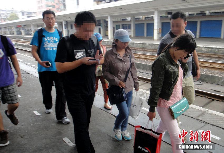 齐鲁工业大学两名女生祝露亚和戴健在旅游途中失联,失联事件发图片
