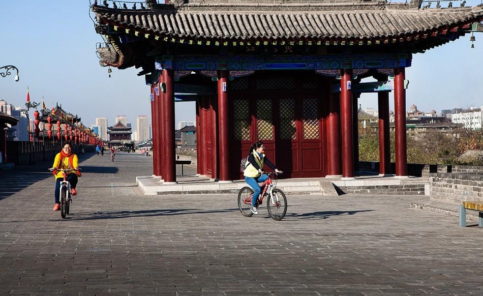 市,城墙圈定的都城比当时罗马城大7倍,比一千多年后成为中国首