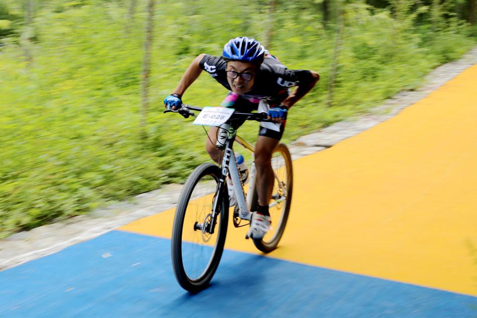 2016陕西省山地自行车赛在留坝举行