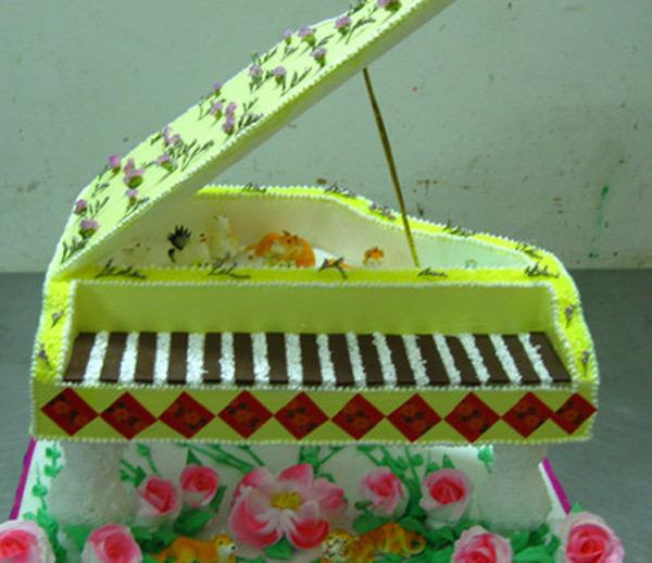 创意无限的钢琴蛋糕