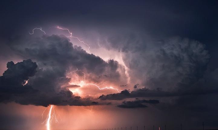 美轮美奂的积雨云