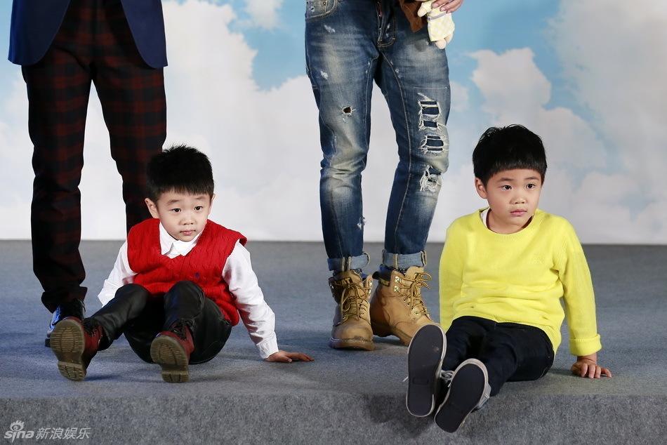 布《爸爸2》大电影,将于2015年大年初一(2月19日)全国公映.