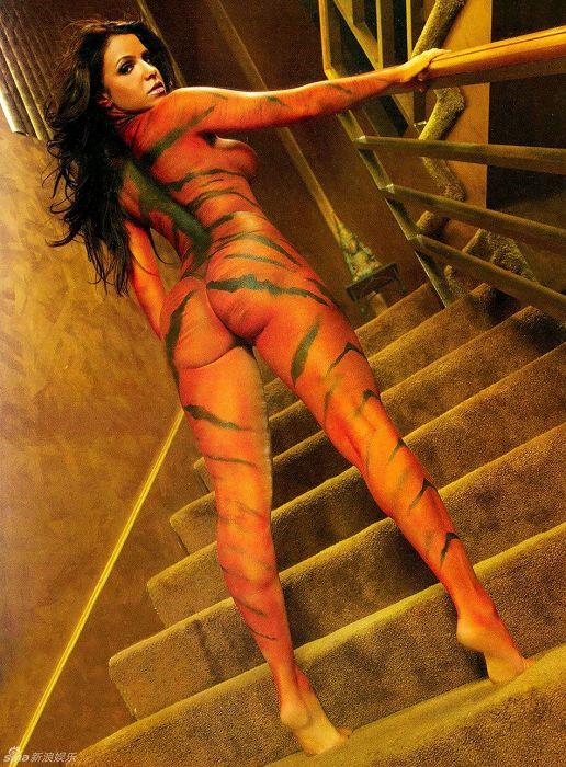 古巴 第一美臀 名模维达写真化身美艳猛虎高清图片