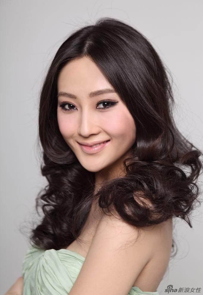 青年女演员林鹏 【组图】图片