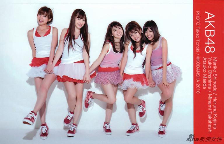 日本女子组合akb48凭青春活力走红艺能界