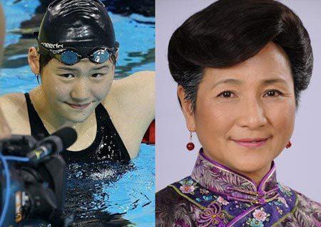 女子打架骑在肚子上-郑佩佩不当打女,在游泳池冲金牌;张柏芝怎么上了台球场;凤姐自行