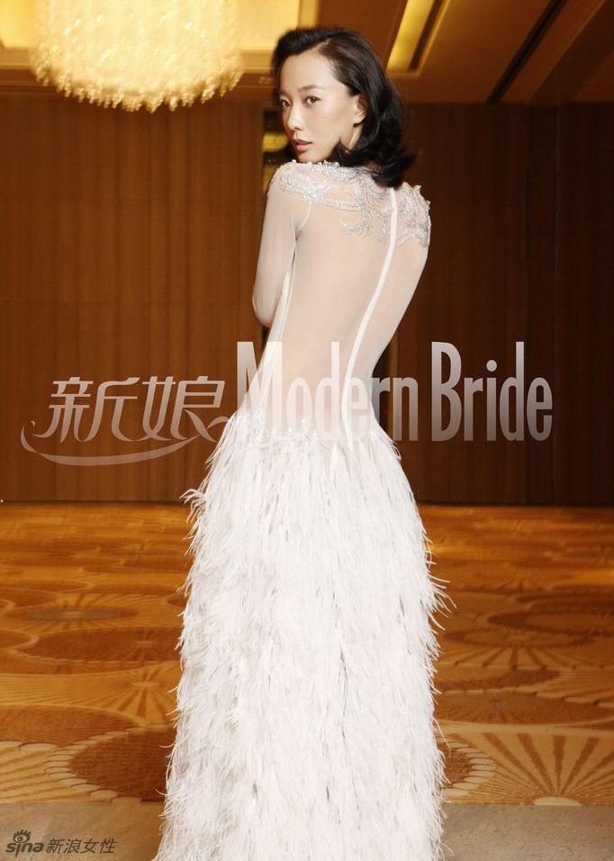 王珞丹大胆尝试透视婚纱性感惊艳