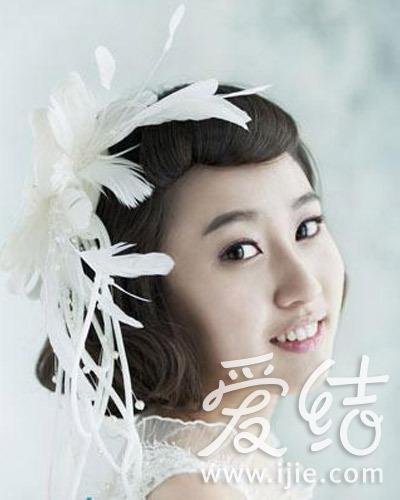 使用头纱 发夹和发带的韩式新娘发型12款图片