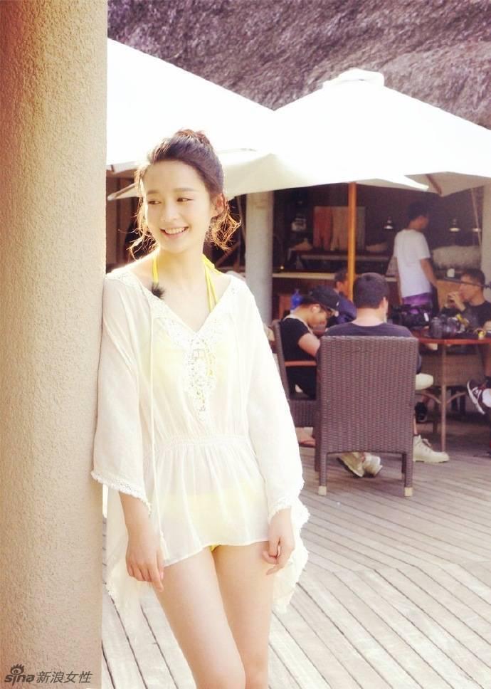 表白李沁姑娘青春可爱