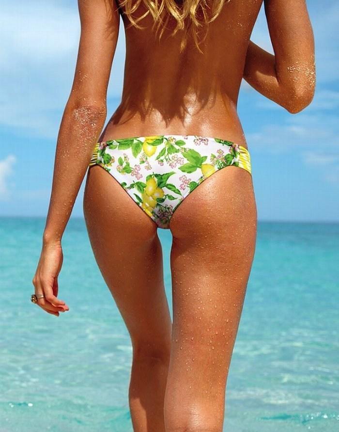 维多利亚秘密13年泳装画册 超模坎蒂斯蜂腰翘臀