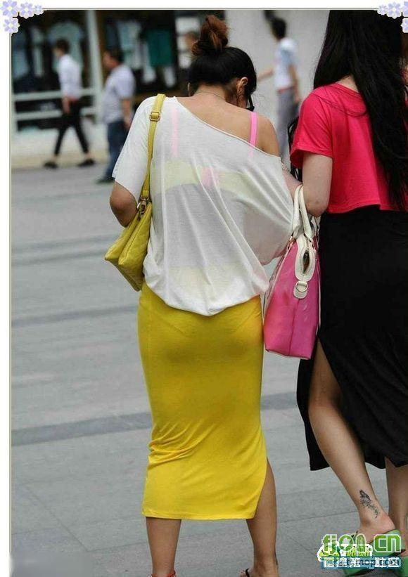 街拍夏日清凉装美女图片