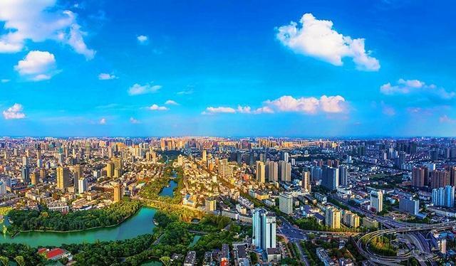 阿塞拜疆总人口数量_合肥总人口