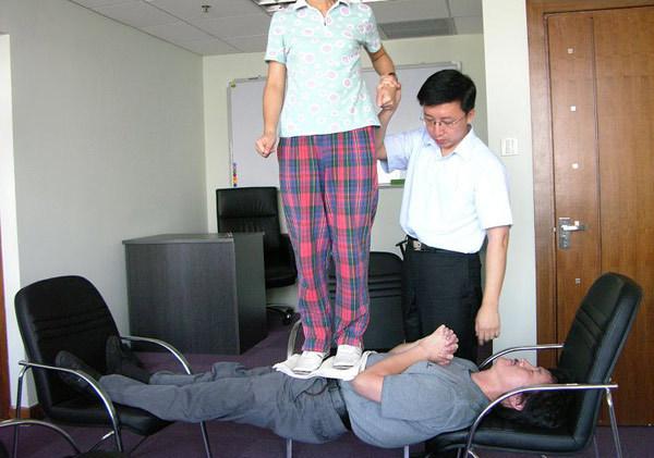 专业心理治疗师马春树(北京大学医学博士、美国心理学博士后),
