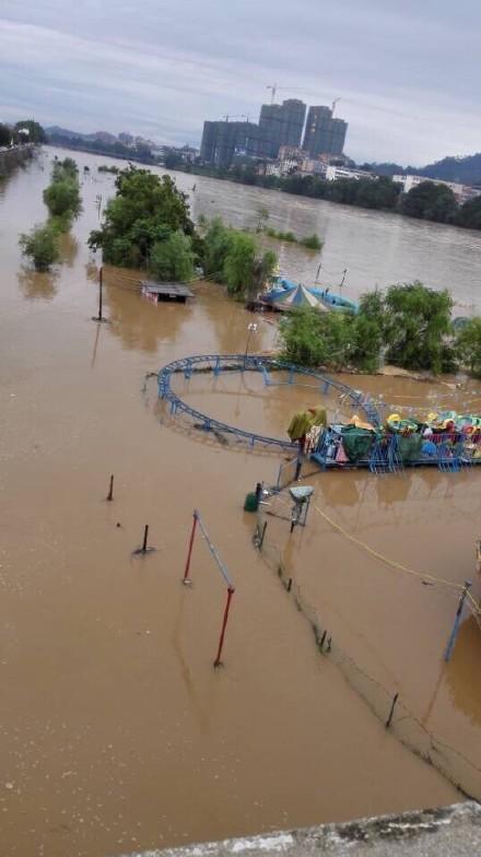 现场图集 江西赣州发生特大洪水
