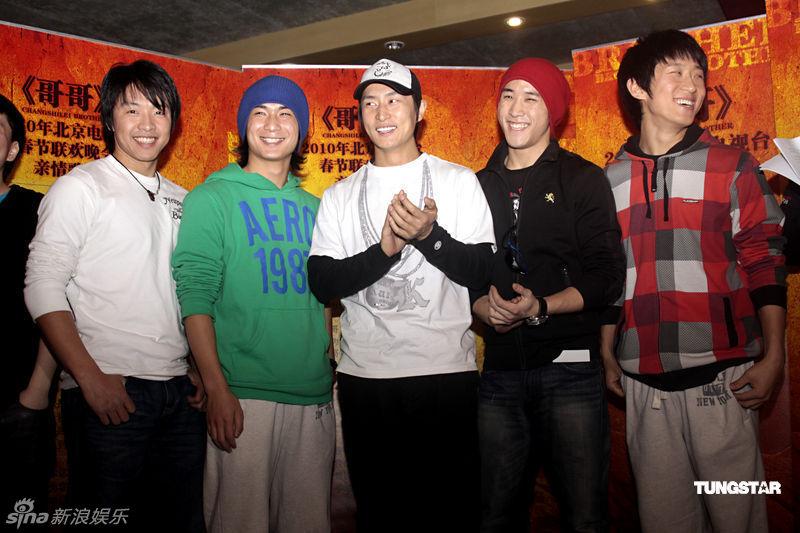 http://www.sinaimg.cn/dy/slidenews/4_img/2010_02/703_2277_656345.jpg