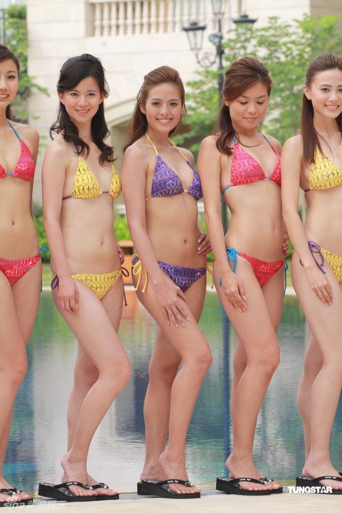 组图:候选港姐拍摄泳装照