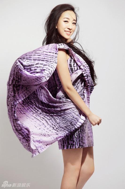 曲丹紫衣写真