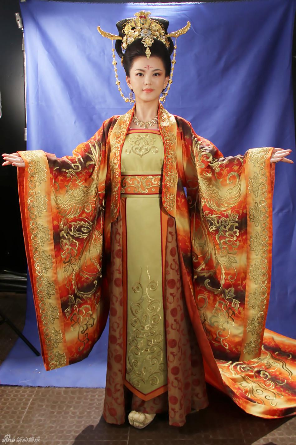 组图 太平公主 李湘挑战武则天演绎古典美