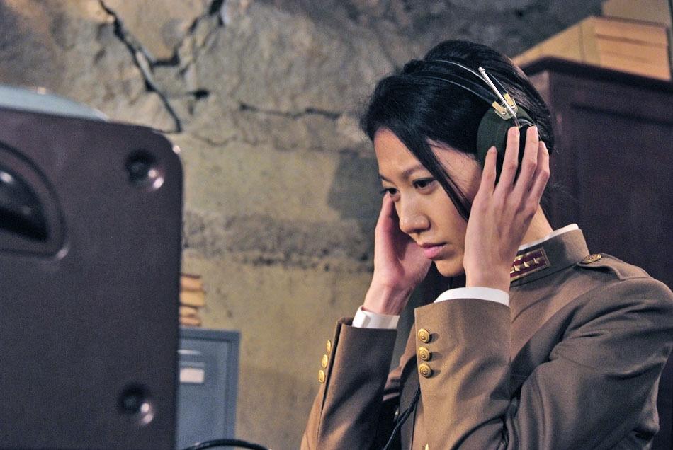 """上海新闻综合频道以高收视率收官.高露此次化身""""黑暗中的舞高清图片"""