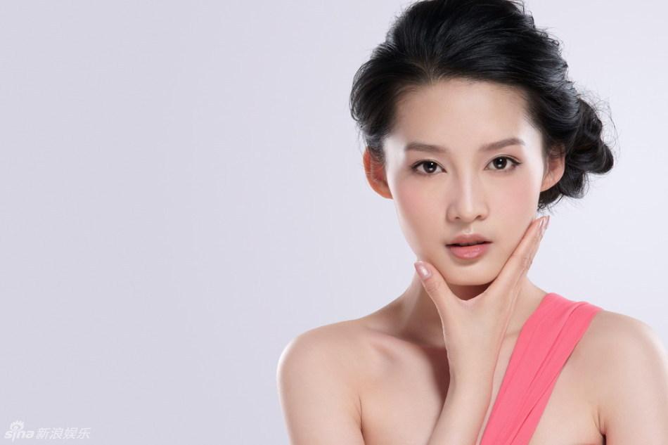 美图:李沁最新写真 甜美写真靓丽清新