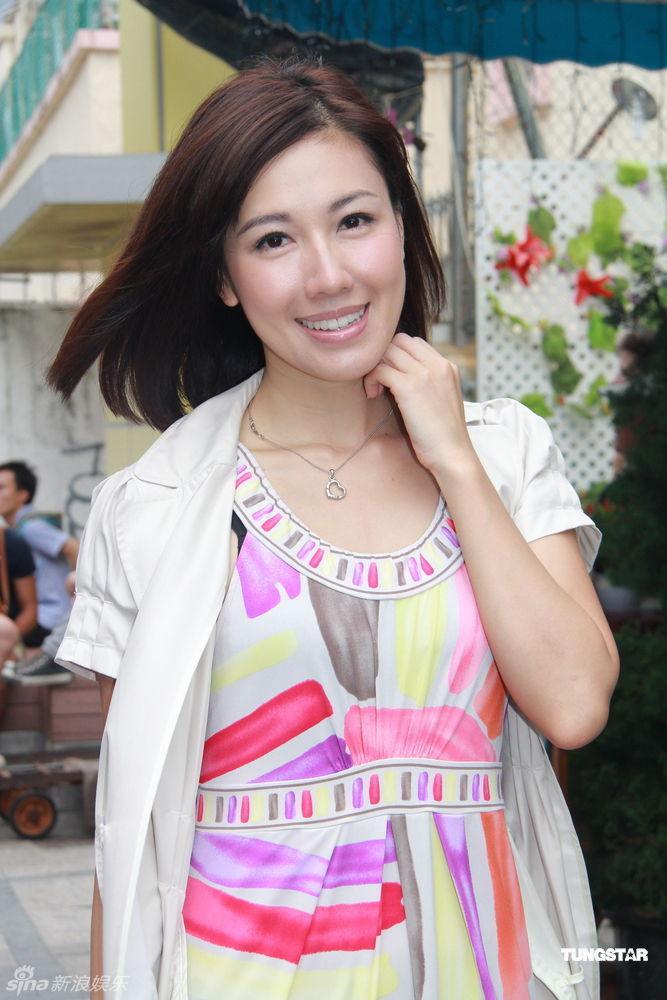 http://www.sinaimg.cn/dy/slidenews/4_img/2012_24/703_669788_896358.jpg