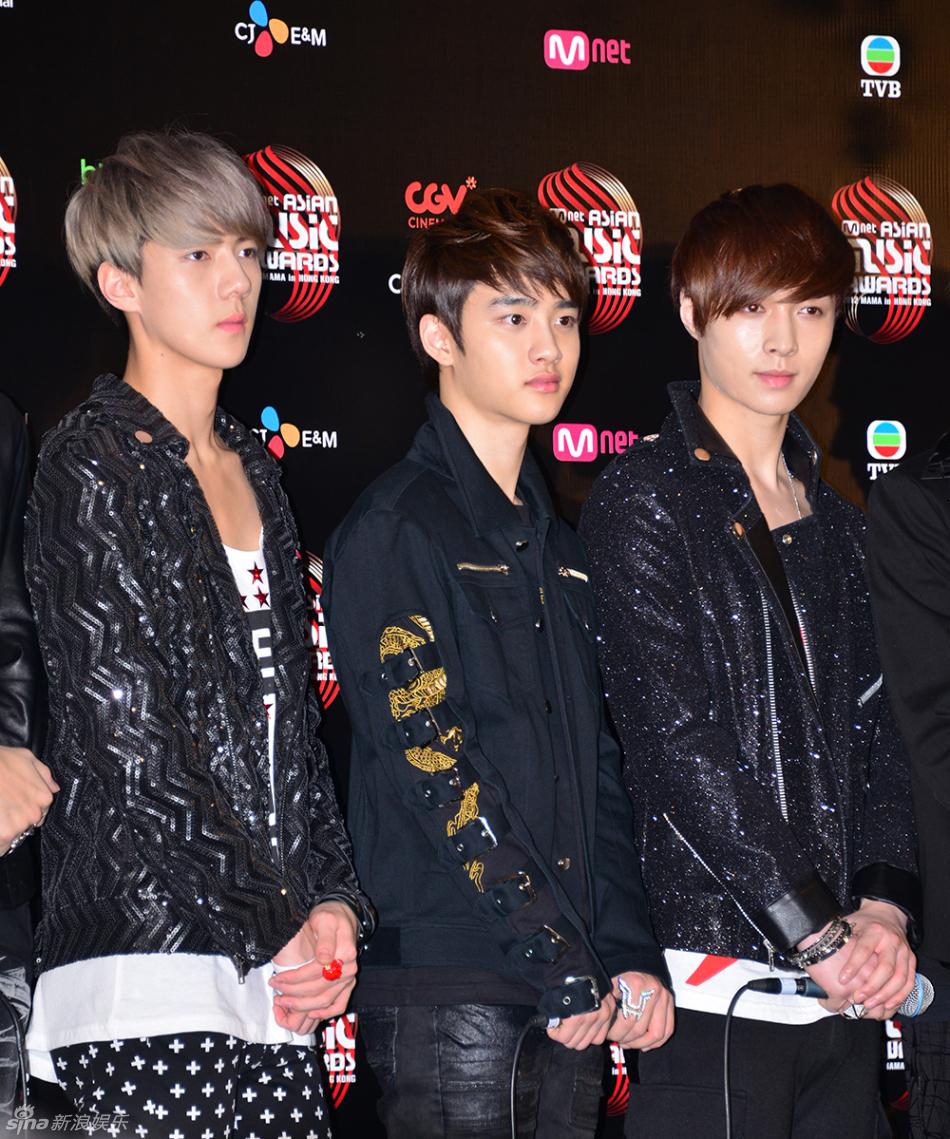 高清组图 韩团EXO等出席2012MAMA颁奖礼发布会