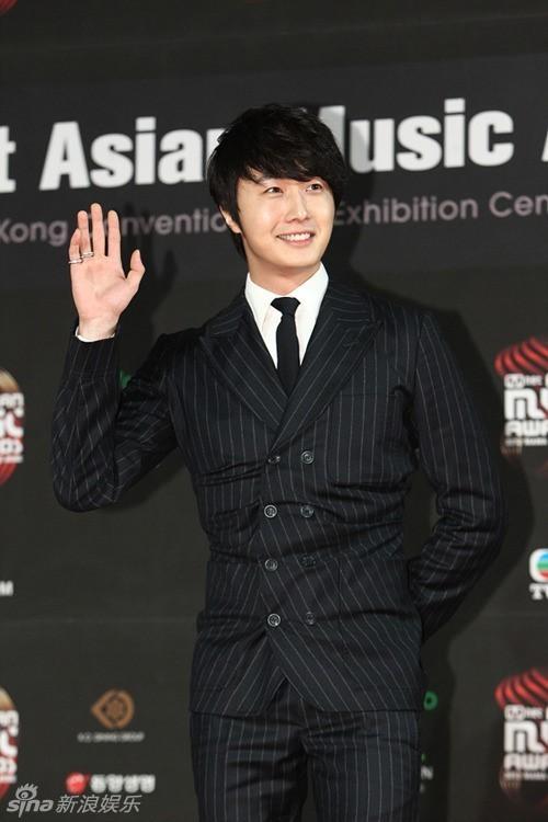 30日晚6点,韩国Mnet电视台在中国香港举办了2012Mnet Asian