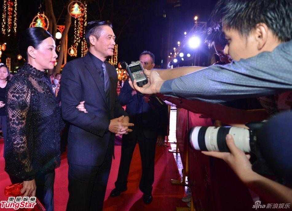 新浪娱乐讯 周润发参与的新片《大上海》日前在新加坡电影节举行全