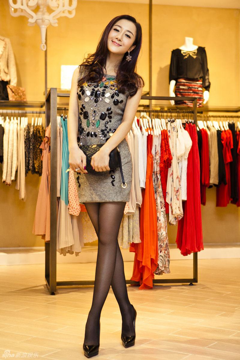 http://www.sinaimg.cn/dy/slidenews/4_img/2012_50/704_824592_302105.jpg