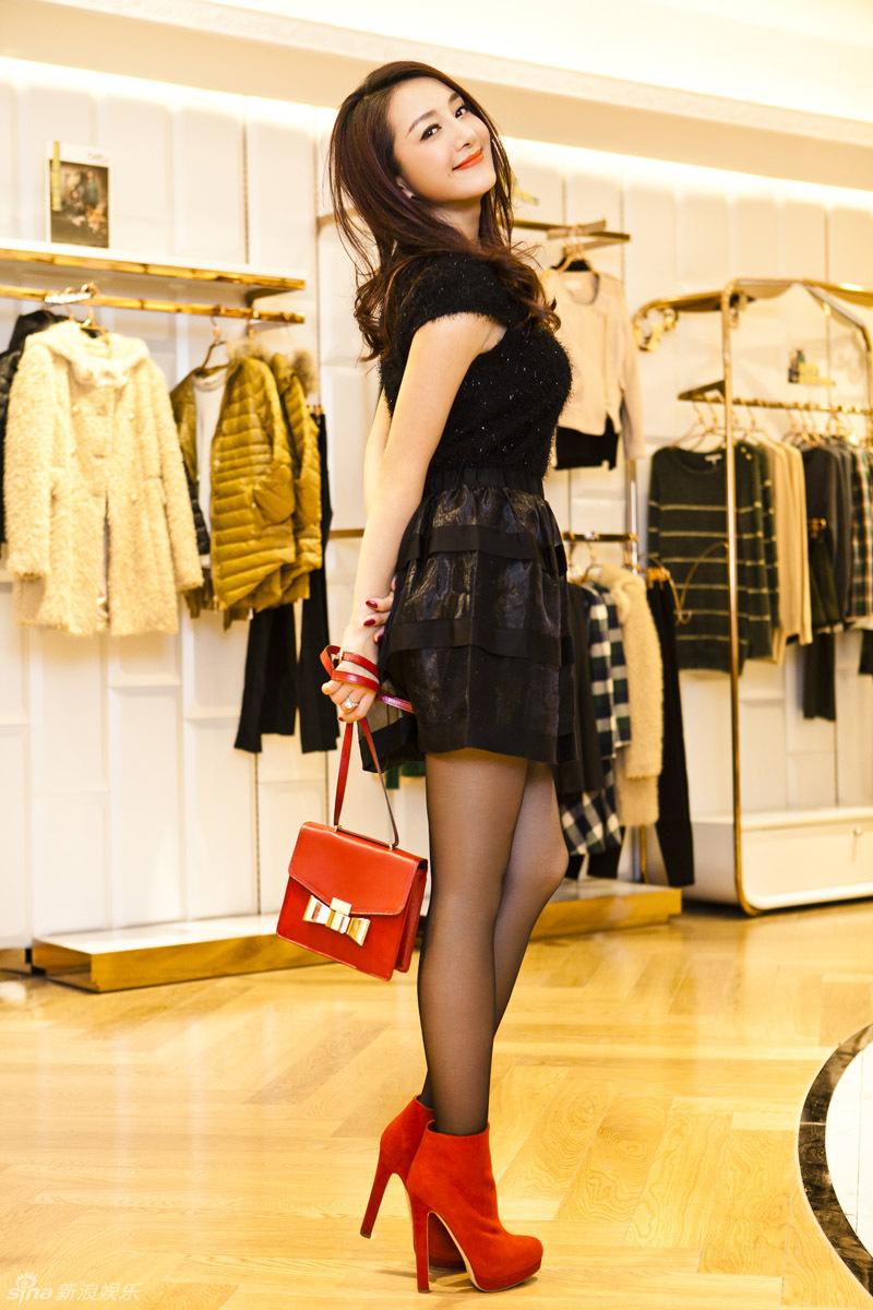 http://www.sinaimg.cn/dy/slidenews/4_img/2012_50/704_824595_664020.jpg