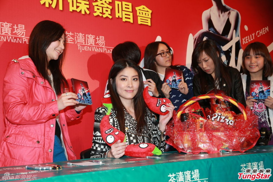http://www.sinaimg.cn/dy/slidenews/4_img/2013_08/704_889421_824092.jpg