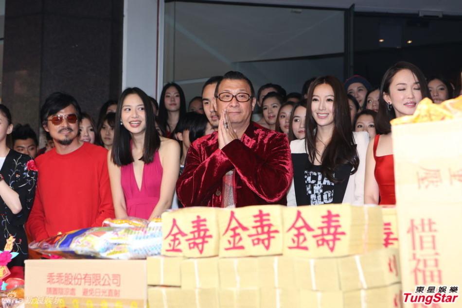 http://www.sinaimg.cn/dy/slidenews/4_img/2013_08/704_890275_938335.jpg