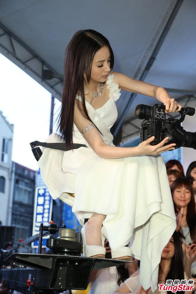 http://www.sinaimg.cn/dy/slidenews/4_img/2013_09/704_901798_389974.jpg